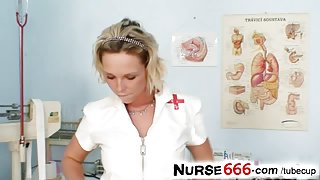 Czech nurse Gabriela pussy flexing in gyno clinic