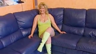 Hot Blonde mom getting fucked in her cunt on the couch