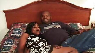 Black Whore Getting Fucked On The Bed For Good Orgasm