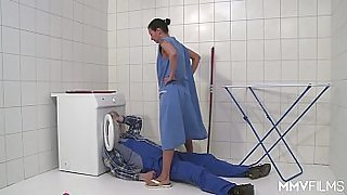 MMV FILMS German Mom draining the plumber